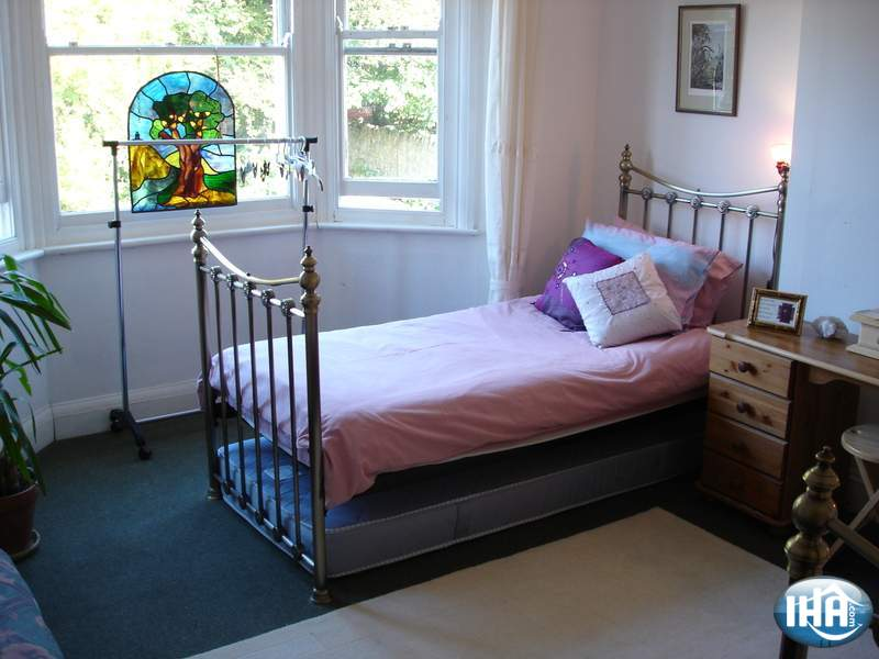 Guest-house-bed-and-breakfast-Glastonbury-Town-house_1